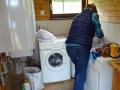 Sabine wäscht whe.jpg