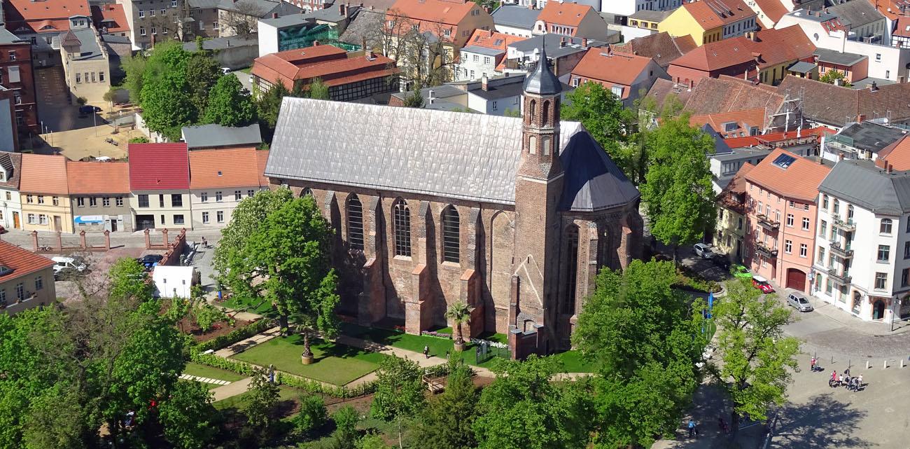 Kirche Sankt Johannes wheof.jpg