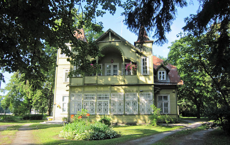 Holzhaus sab