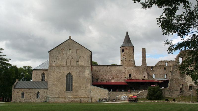 Die alte Bischofs-Burg von Haapsalu