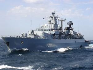 """Die Fregatte """"Bayern"""" übte vor Rügen. Fotos: PIZ Marine"""