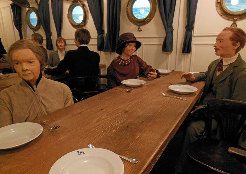 An Bord: Mit dem Segelschiff dauerten die Überfahrten bis zu vier Wochen, mit einem Dampfschiff nur noch zehn Tage