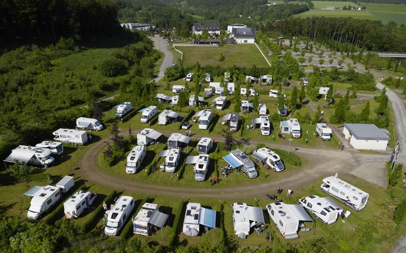 Hobby-Wohnmobile besuchten im Rahmen des Jahrestreffens die Warsteiner Welt