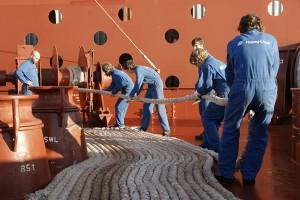 Die Arbeit ist durchaus hart und körperlich herausfordernd an Bord