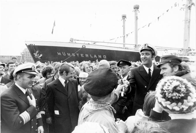 """Die """"Münsterland"""" ist von der längsten verbürgten Reise der Schifffahrtsgeschichte zurückgekehrt."""