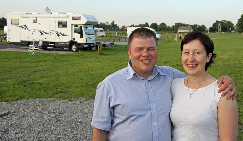 Eero Kaljuste und Monika Grau sind die Chefs in Vanamoisa. Fotos: Henze