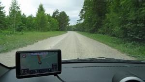 Es gibt nur noch wenige Schotterstraßen auf Saaremaa.