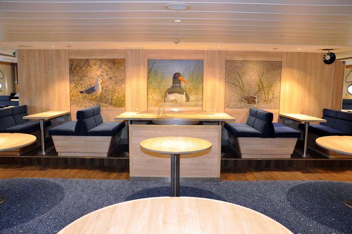 Stylischer Salon mit Lounge-Charakter. Fotos: FRS