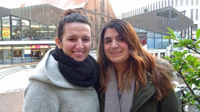 Gulhat (28) und Sosan (23) wollen in Australien arbeiten und reisen. Fotos: Henze