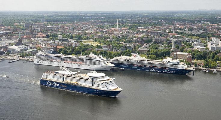 Die Mischung auf Kreuzfahrt- und Fährschifftourismus schafft den Erfolg.