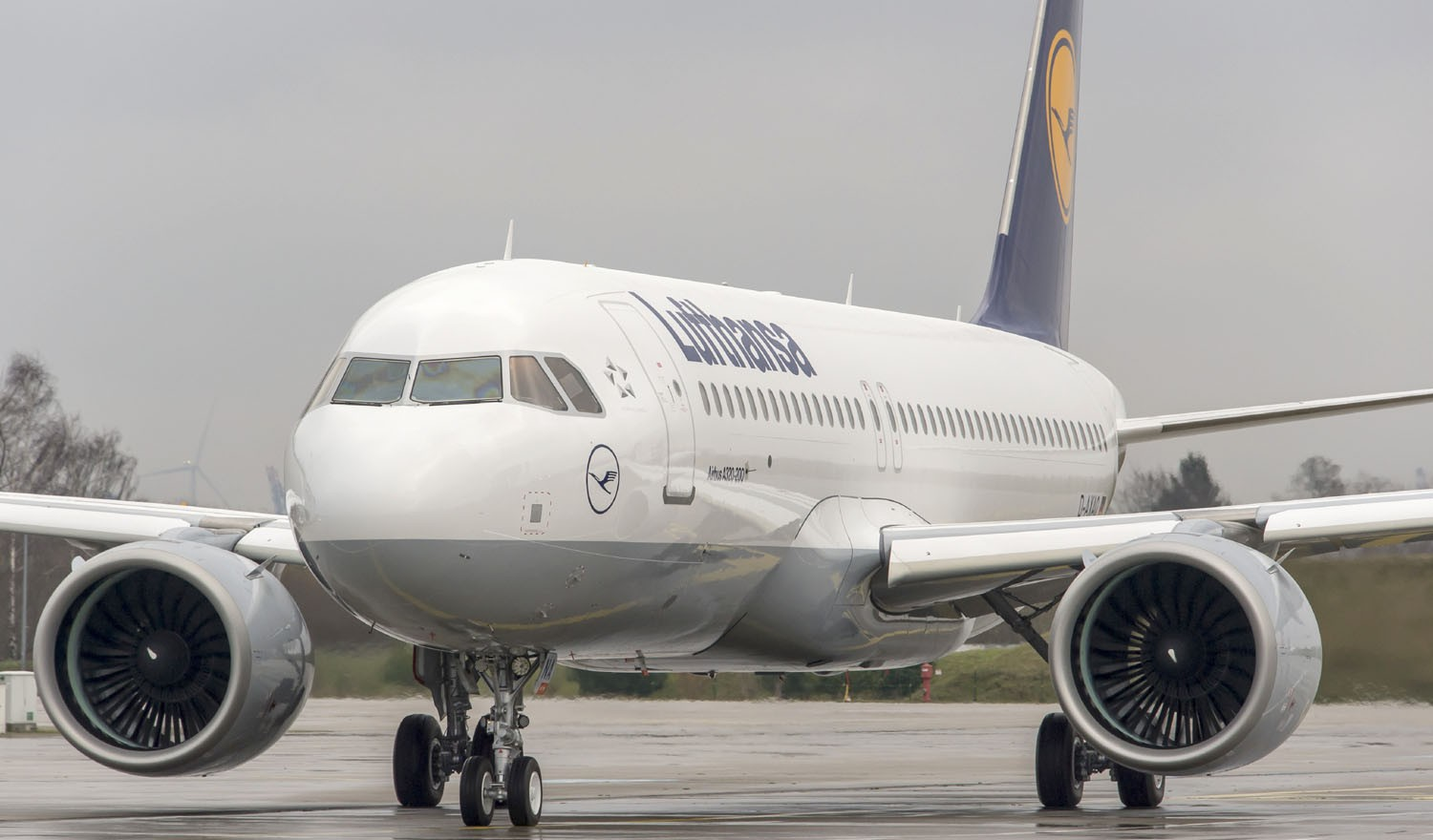 Auf dem Taxiway: Airbus A320neo