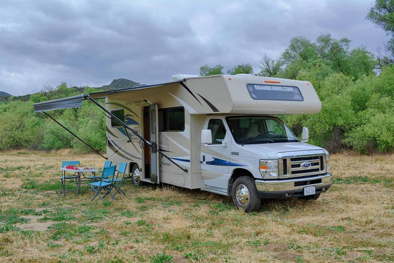 Road Bear R/V vermietet überwiegend Alkovenmobile von Coachmen.
