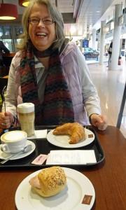 Kleines Frühstück noch in Hamburg.
