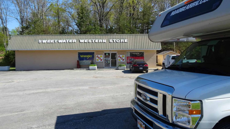 Mit dem Motorhome zum Sweetwater Westernstore.