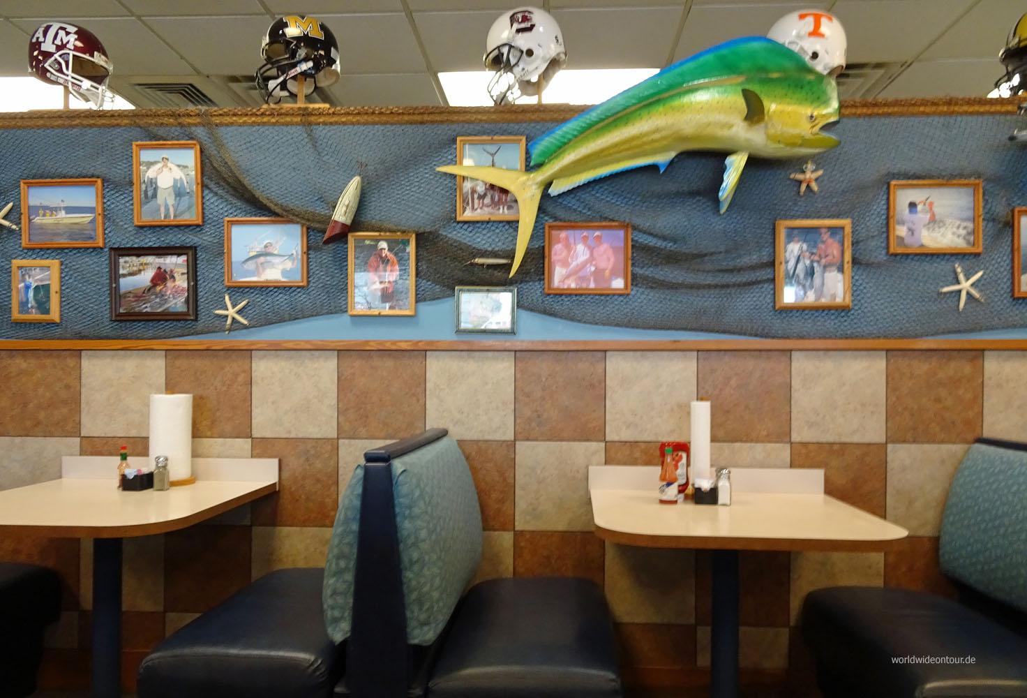 "Diner-Atmosphäre bei ""Hazel""."