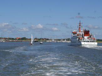 Die Anreise per Schiff startet in Neuharlingersiel. Fotos: Spiekeroog Tourismus