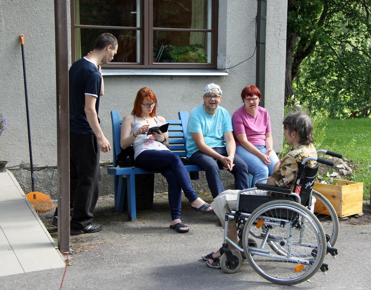 Vierzehn Menschen mit geistigen Behinderungen leben in Katikodu.