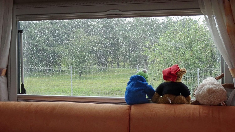 ....unterwegs und schlecht das Wetter.
