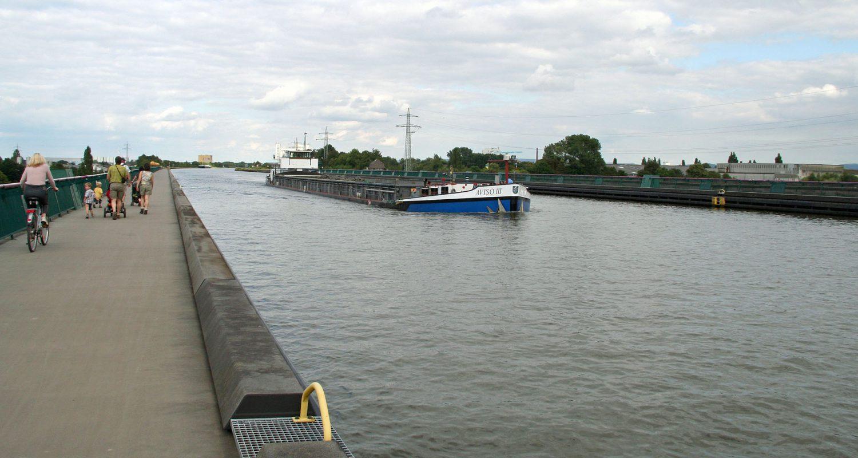 Das Wasserstraßenkreuz von Minden.