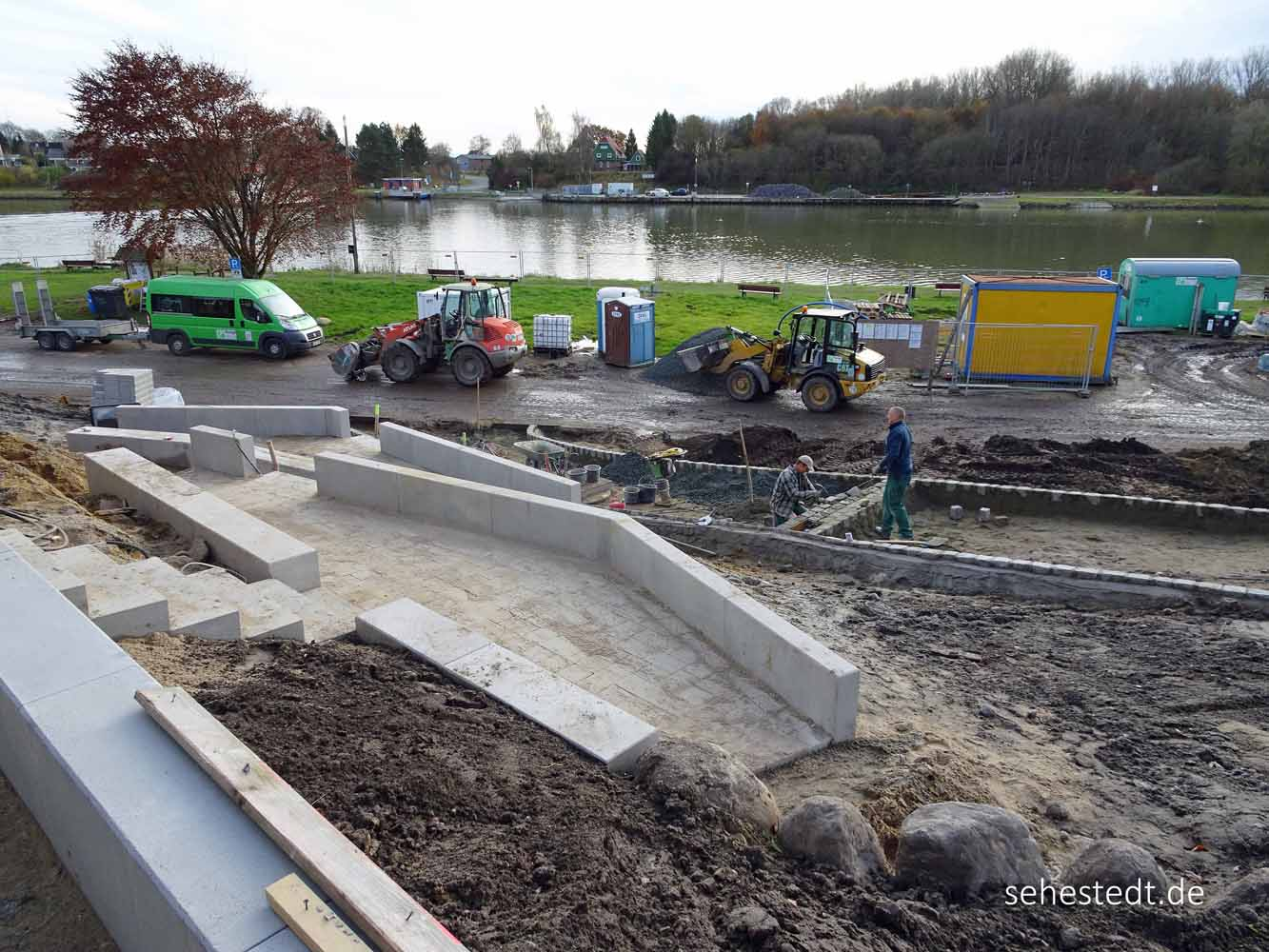 Der Wohnmobilparkplatz ist jetzt auch Baustelle.