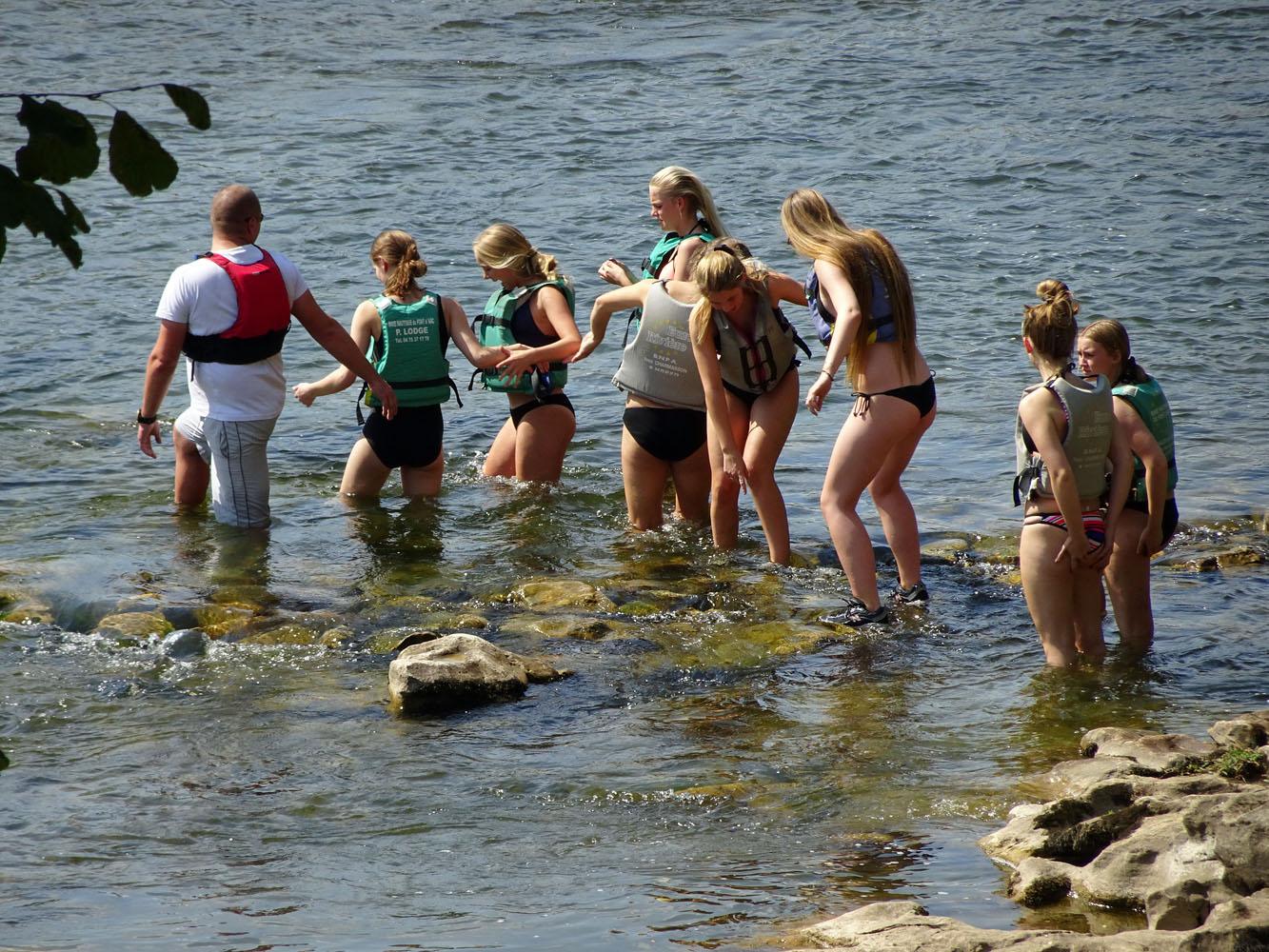 Eine dänische Schülergruppe sorgte für belebende Momente auf dem Campingplatz.