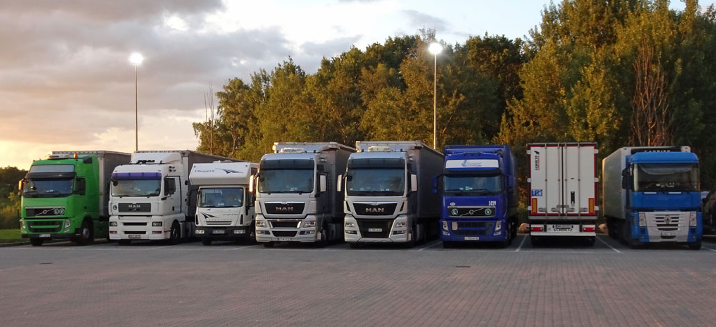 Trucks ohne Lampen whe_Titel