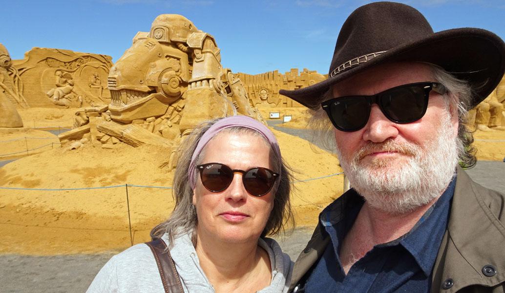 Selfi Sab whe Sandskulpturen whe_bearbeitet-1